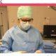 Operationstechnische Assistentin Lena bei der Arbeit im OP beim säubern des Op-Bestecks
