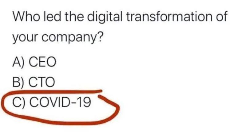 Ein Screenshot von Twitter mit der Frage wer die Digitalisierung voran getrieben hat im Unternehmen. Antwort: COVID-19